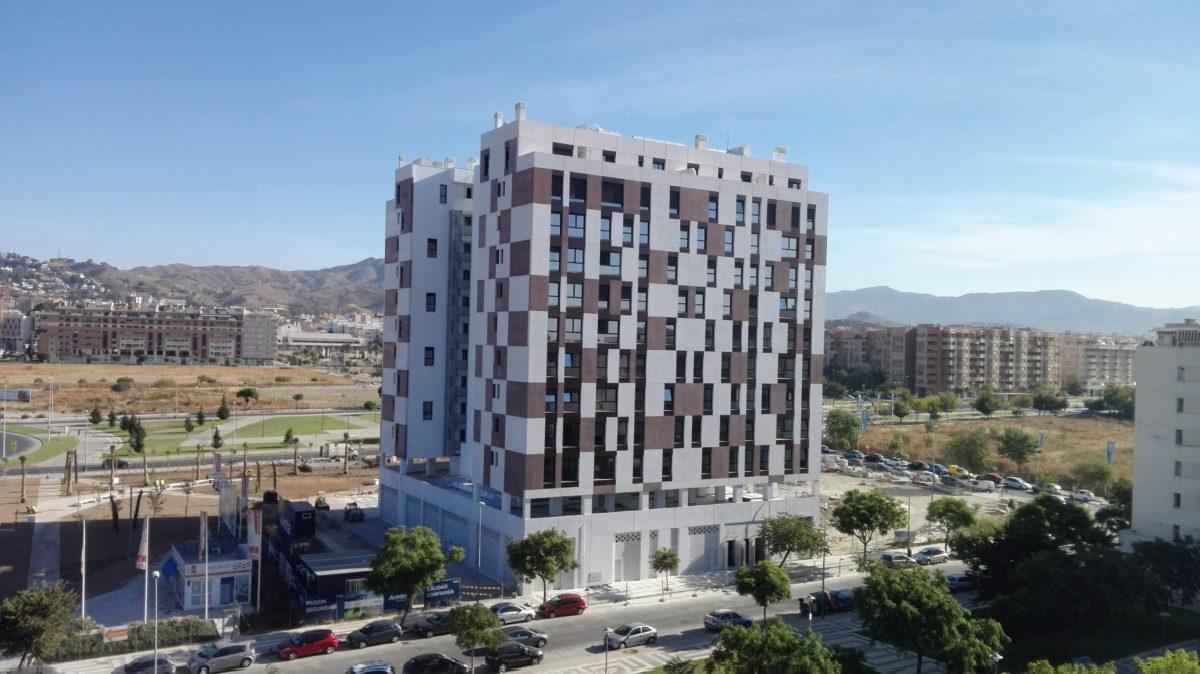 Entregamos nueva promoción de viviendas en Teatinos, Málaga